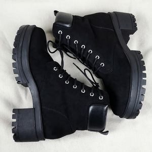 FOREVER 21 Black Lug Chunky Heel Combat Boots 8